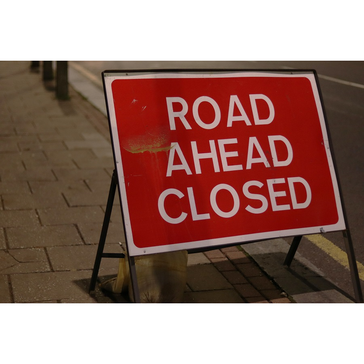 Road ahead closed sign (Call Me Fred on unsplash.com)